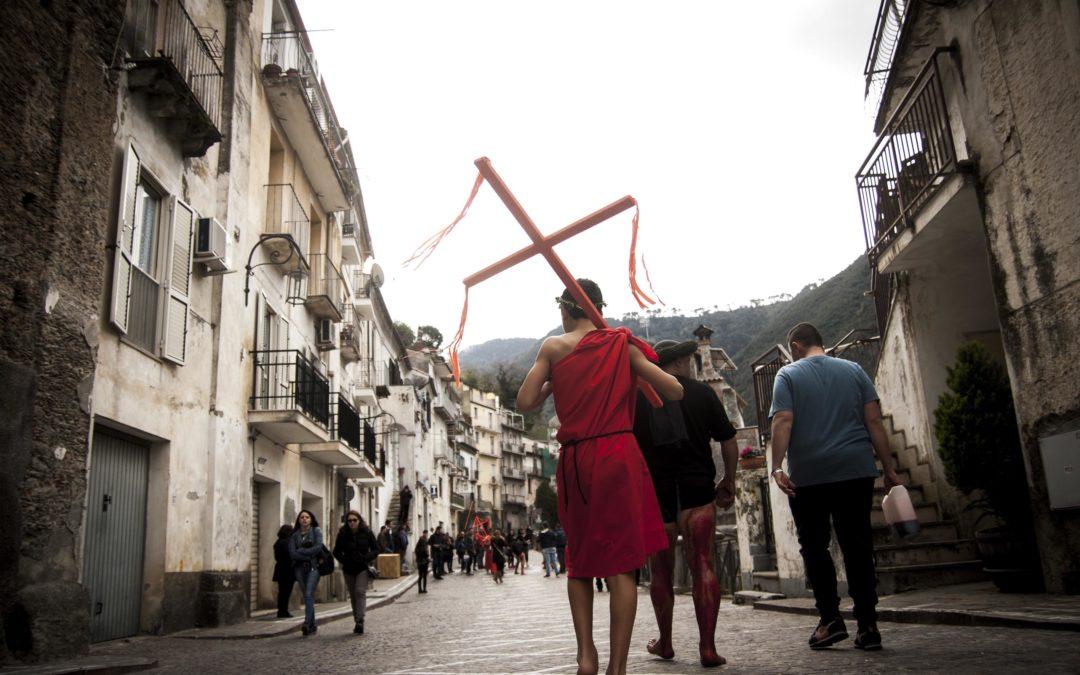 Tutti i riti e le tradizioni della Pasqua in Calabria  Le Prefetture dispongono nuove misure di sicurezza