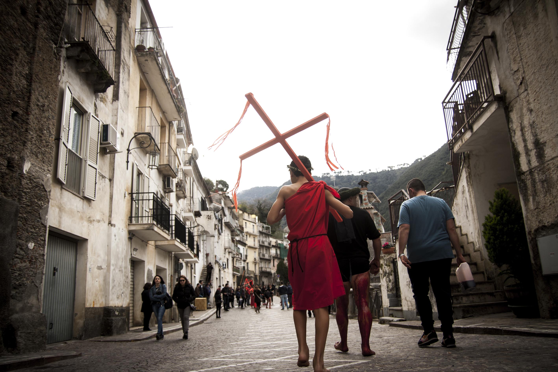 Tutti i riti e le tradizioni della Pasqua in CalabriaLe Prefetture dispongono nuove misure di sicurezza