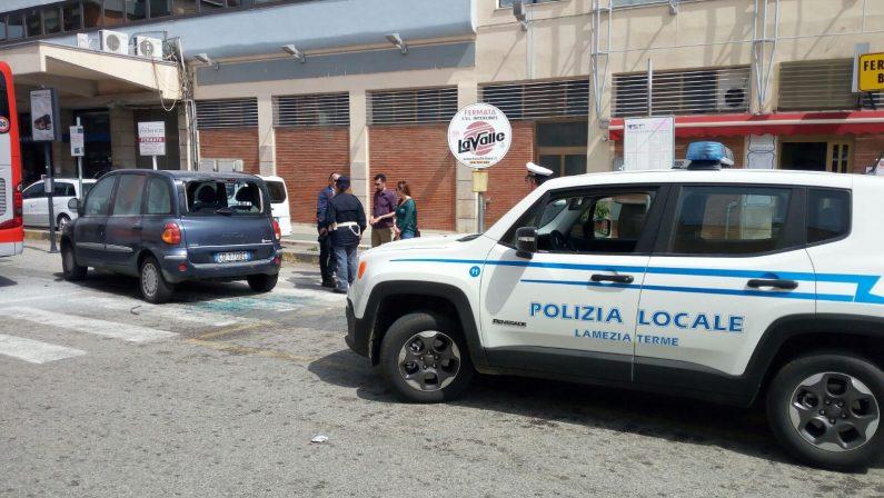 Aggressione a Lamezia, 20 denunce ed un fermoSono tifosi del Catania: docenti scambiati per ultras