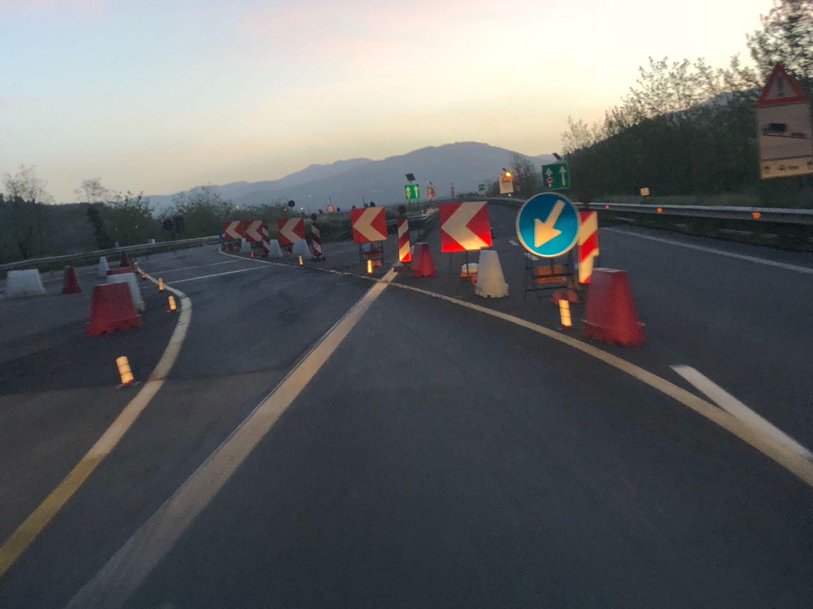 Autostrada A2 del Mediterraneo, la denuncia del Codacons«Condizioni di pericolo e degrado», esposto in Procura