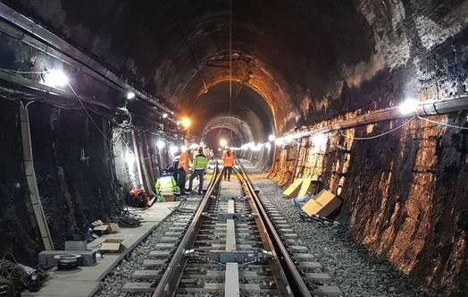 """Treni, 5 mesi dopo il deragliamento riapre la galleria """"Santomarco"""" sulla linea Paola-Cosenza"""