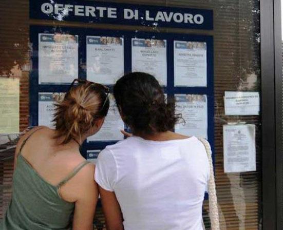 Lavoro: crollano le assunzioni in Calabria, penalizzate agricoltura e turismo