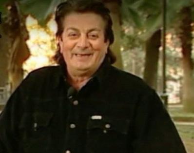 Morto il cantante cosentino Mario GualtieriTrovato in casa. Noto per le sue canzoni dialettali