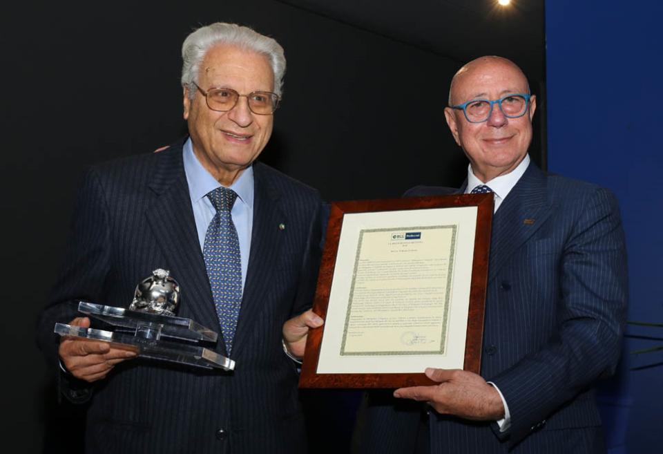 La Bcc Mediocrati conferma il presidente PaldinoAssegnato anche il premio Melagrana d'Argento 2018