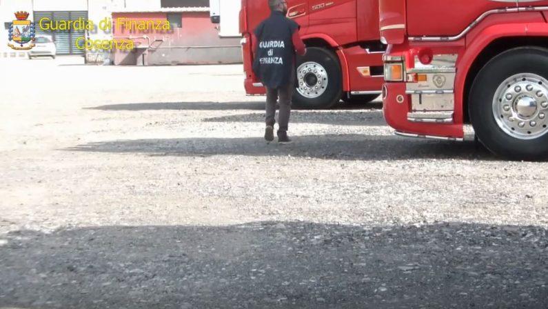 VIDEO - False fatture per truffare l'Iva, sequestri da 1,6 milioniLe immagini dell'intervento della finanza nel Cosentino