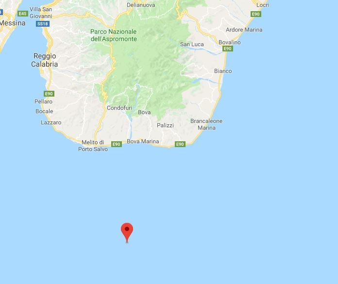 Terremoto davanti alla costa della provincia di Reggio  Registrata in mare una magnitudo 3.7