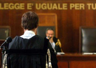 tribunale aula sentenza processo.jpg