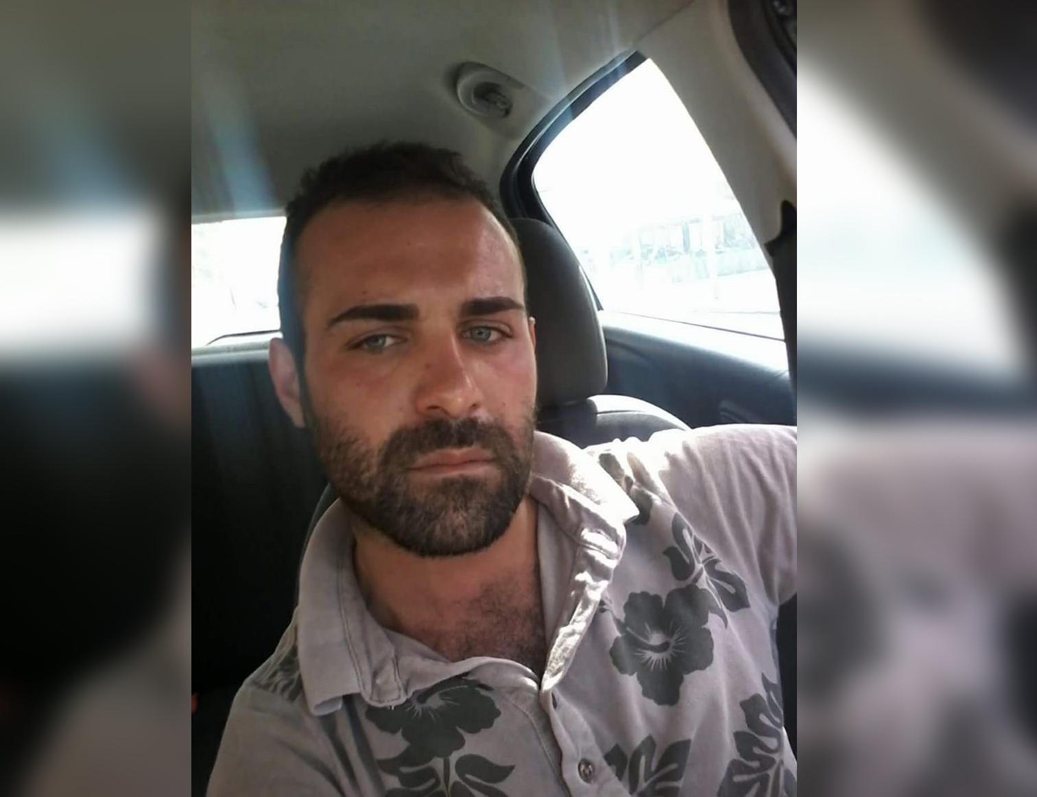 Gravissimo incidente stradale a Rombiolo, muore un giovaneAuto sbatte contro un muro e si ribalta sbalzando fuori il conducente