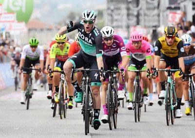 Giro d'Italia Arrivo Praia a Mare.jpg