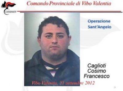 Detenuto vibonese morto nel carcere di SecondiglianoFamiglia presenta esposto in procura: aveva 30 anni