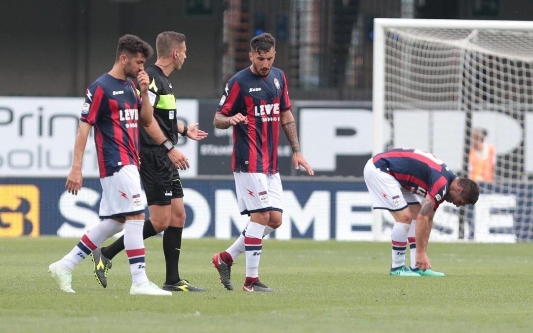 FOTO – Serie A, il Crotone lascia al Chievo i tre punti nella sfida per la salvezza