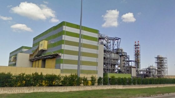 Smaltimento rifiuti, il ricorso contro l'impianto è inammissibile se non si provano i danni