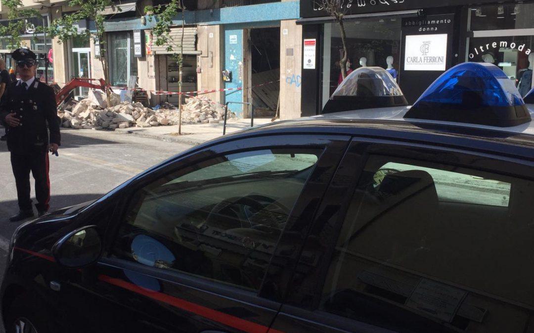 Bar esploso a Cosenza, forse non era una bomba  Proprietario indagato di tentata truffa assicurativa