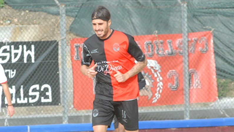 La grande stagione di Armando De Simone a Castrovillari conferma che in giro di calciatori buoni ce ne sono tanti