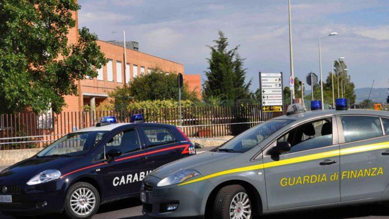 Spaccio di droga, estorsione e usura, emesse 60 ordinanzeFinanza e Carabinieri lanciano l'operazione Terra Bruciata