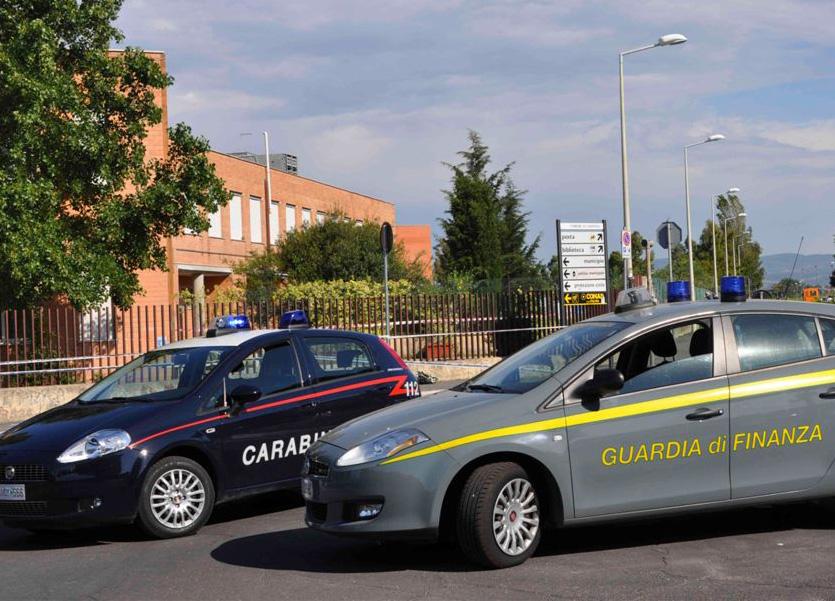 Spaccio di droga, estorsione e usura, emesse 60 ordinanze Finanza e Carabinieri lanciano l'operazione Terra Bruciata