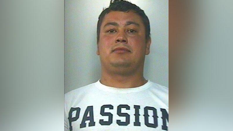 Perseguita l'ex compagna, arrestato a MelicuccoPrese a calci l'auto su cui viaggiavano la donna e i figli