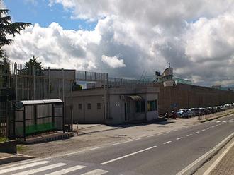 Carceri: agente aggredito da tre detenuti ad Ariano Irpino
