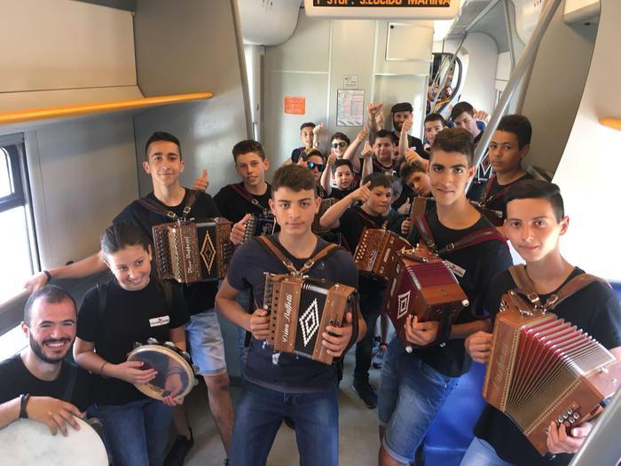 """Festa della musica, diverse iniziative nella regione  Sui treni le note degli artisti di """"Calabria Sona"""""""