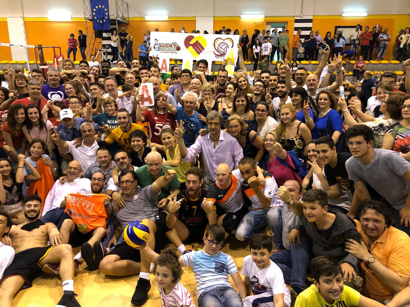 Volley, la Conad Lamezia approda in Serie A2Decisiva la vittoria in gara 3 contro l'Aversa