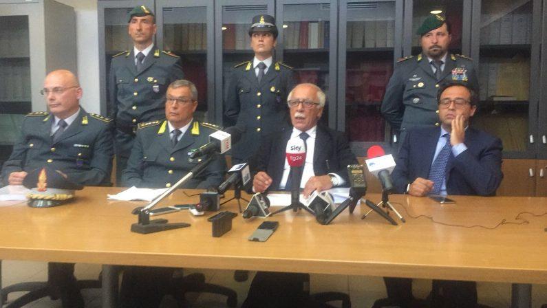 Operazione Suggello, arrestato il presidente PittellaSvelato un sistema di corruzione nei concorsi pubblici