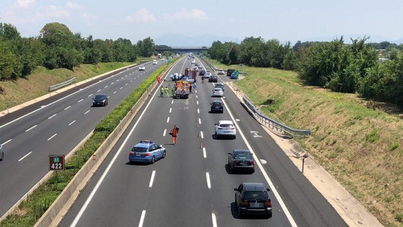 Gravissimo incidente stradale in provincia di FrosinoneTre morti tutti calabresi, padre, madre e bimbo di 6 mesi