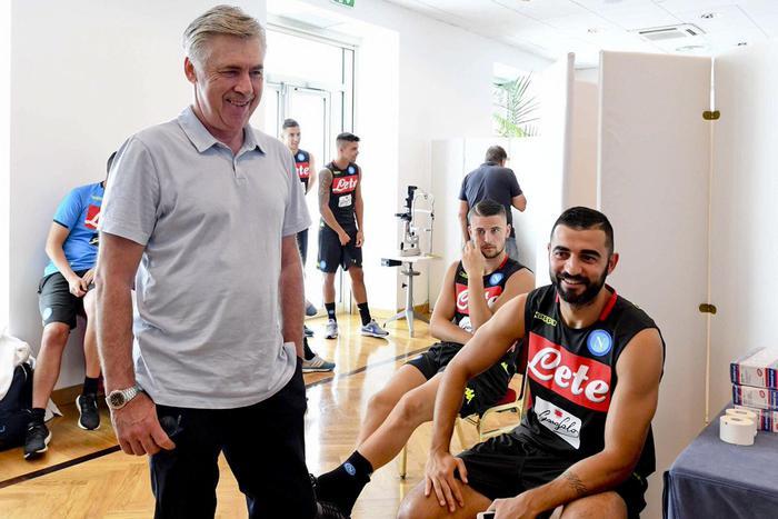 Calcio il Napoli dà il benvenuto a Ronaldo in serie A. Ancellotti avverte: vinciamo noi