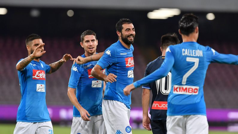 Europa League: ultrà Napoli tentano aggressione a svizzeri
