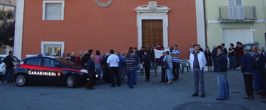 La processione per il patrono finisce tra i fischiContestato parroco nel Vibonese, indagano i carabinieri