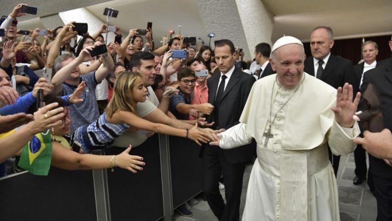 VIDEO - Papa Francesco: «Sono vicino ai familiari delle vittime della tragedia del Raganello»