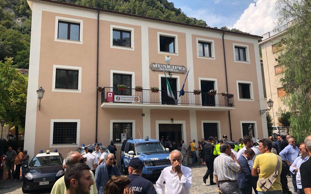 Tragedia del Raganello, indagini su diversi documenti  Il sindaco di Civita: «Mi hanno messo in croce»