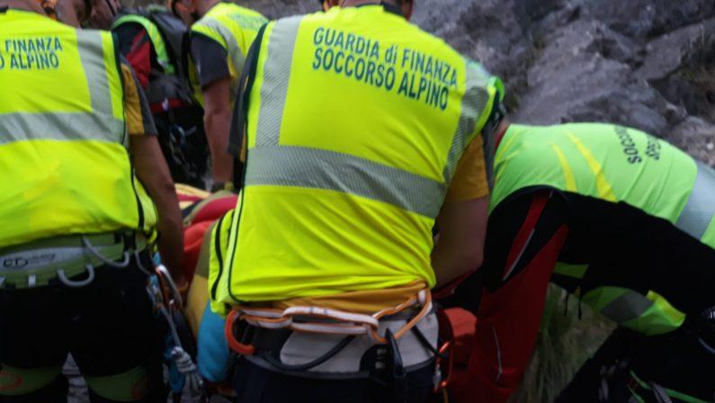 Tragedia del Riganello, il Ministro Costa in CalabriaVisita ai feriti in ospedale poi a Civita coi soccorritori
