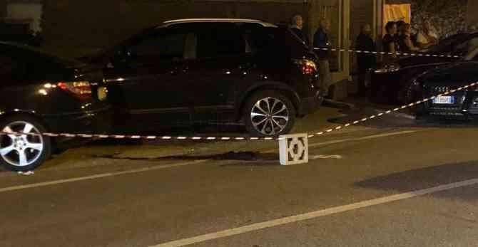 Madre investita da un'auto per salvare la figliaIncidente nel Catanzarese, morta la donna