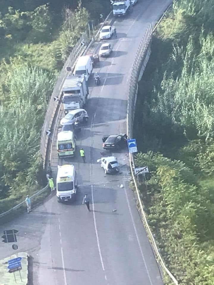Scontro fra auto nei pressi di PaolaRagazza trasportata in elisoccorso a Cosenza