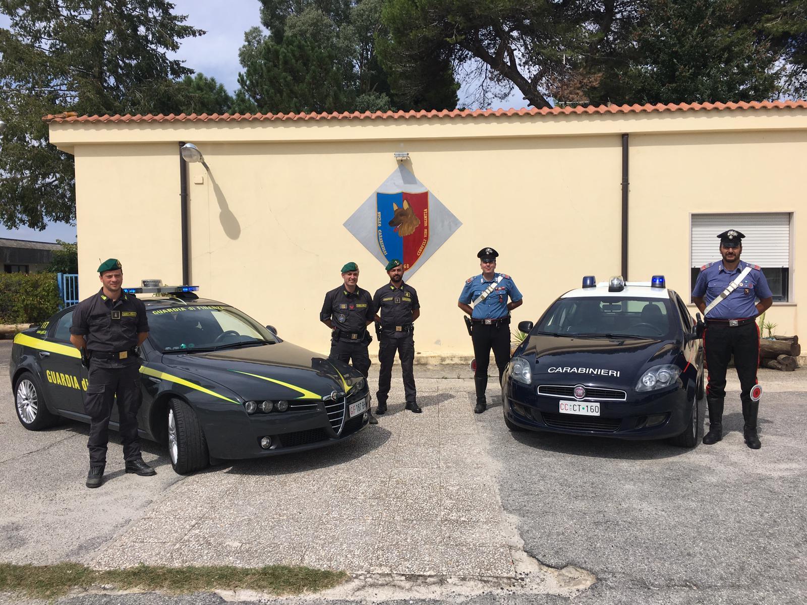 Vibo, bomba artigianale scoperta dalla FinanzaPoco lontano individuate anche due auto rubate