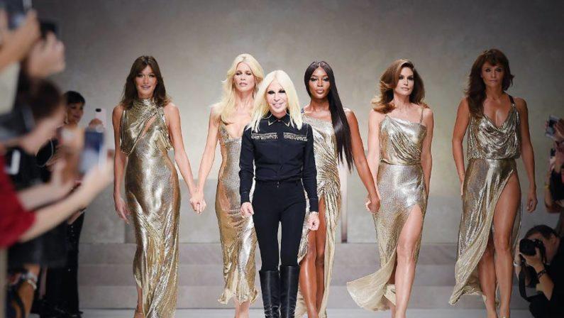 Gianni Versace al gruppo americano Michael KorsLa famiglia di origini calabresi manterrà alcuni ruoli