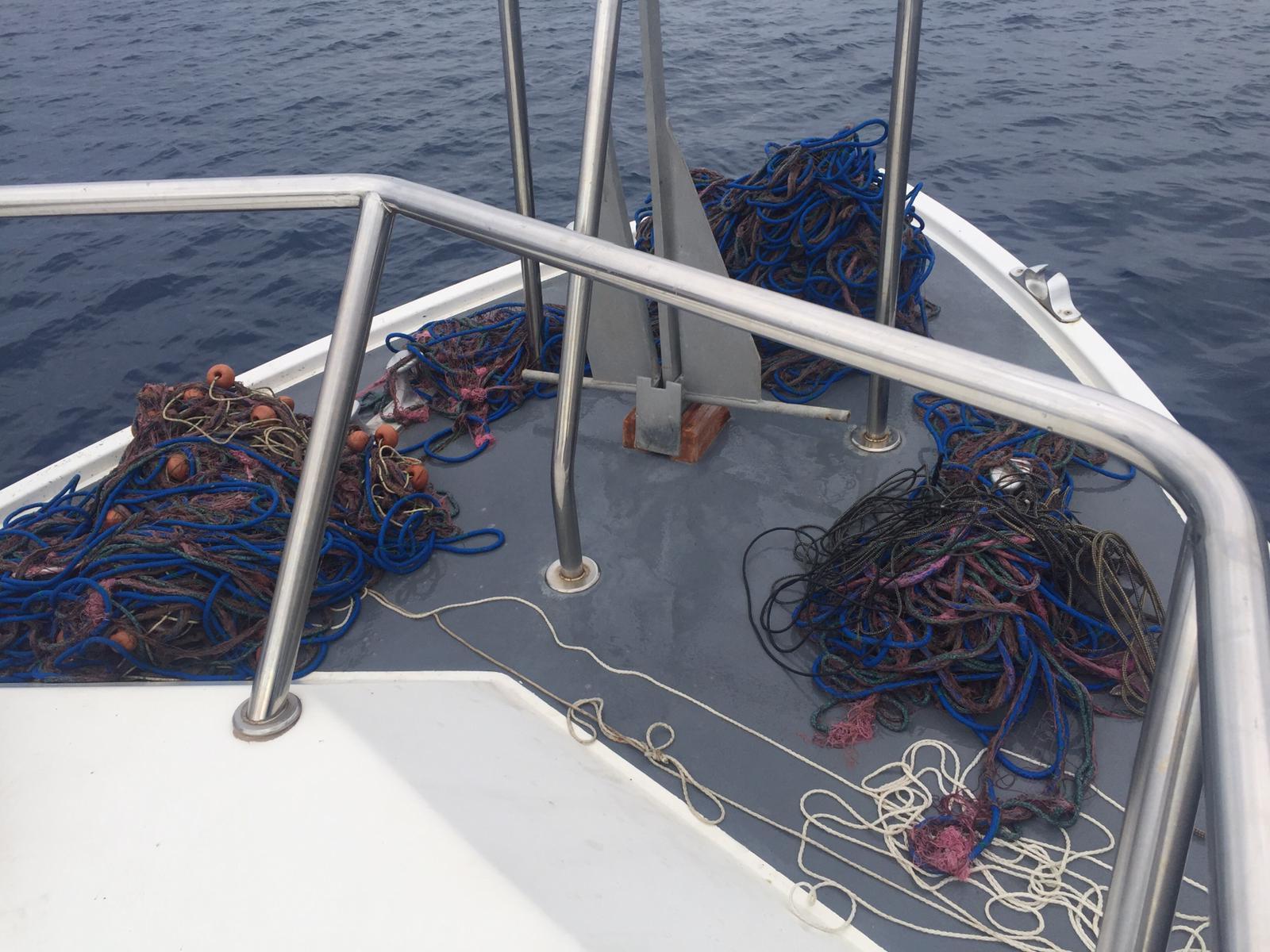 """Attrezzi da pesca irregolari sequestrati ad Amantea  La capitaneria di porto trova una rete """"imbrocco"""""""