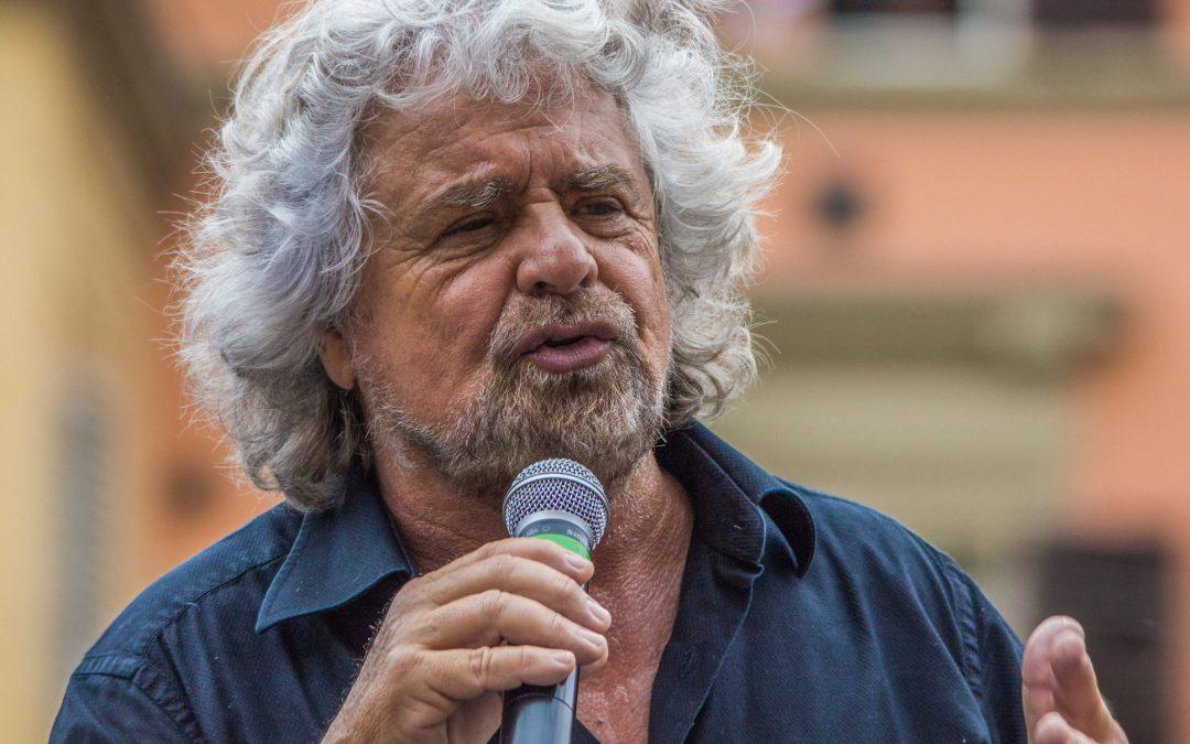 Biglietto extra di 10 euro per contestare Beppe Grillo  L'iniziativa per le 4 tappe dello spettacolo in Calabria