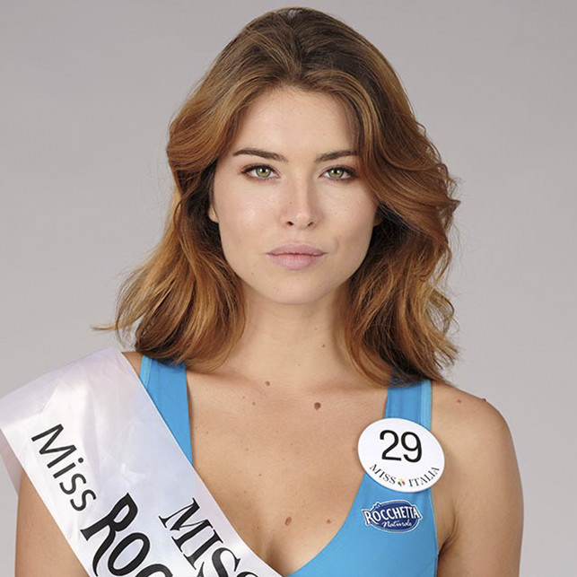 Miss Italia Carlotta Maggiorana batte in finale la campanaFiorenza D'Antonio