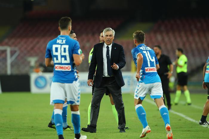 Serie A, Mapoli vince 4-3 a Firenze, proteste ed emozioni