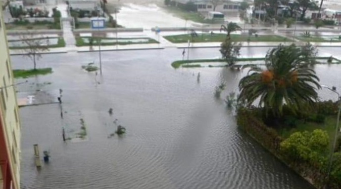 Maltempo, pioggia incessante nel Cosentino: danni  Alcune famiglie evacuate, pericolo per un costone