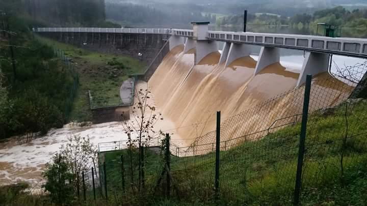 FOTO – Maltempo in Calabria, le immagini dei disagi  Straripa il Savuto in Sila, esonda la diga