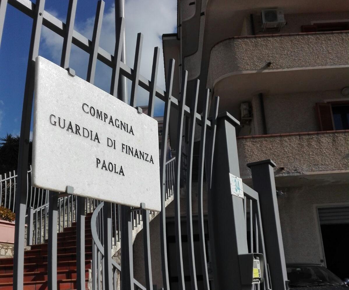 Vendita di un immobile per frodare il FiscoSequestro da 1,3 milioni nel Cosentino e 3 denunce