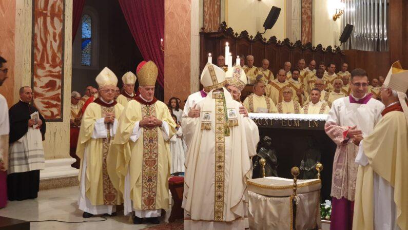Mileto saluta il nuovo vescovo: monsignor Francesco Massara La gioia per l'ex parroco di Limbadi che andrà a Camerino
