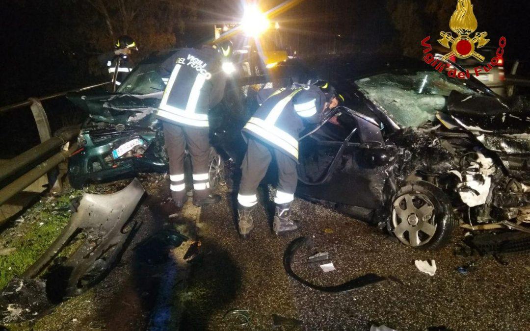 Tragedia in provincia di Crotone, un morto e un ferito  Incidente stradale sulla statale 107 Silana-Crotonese