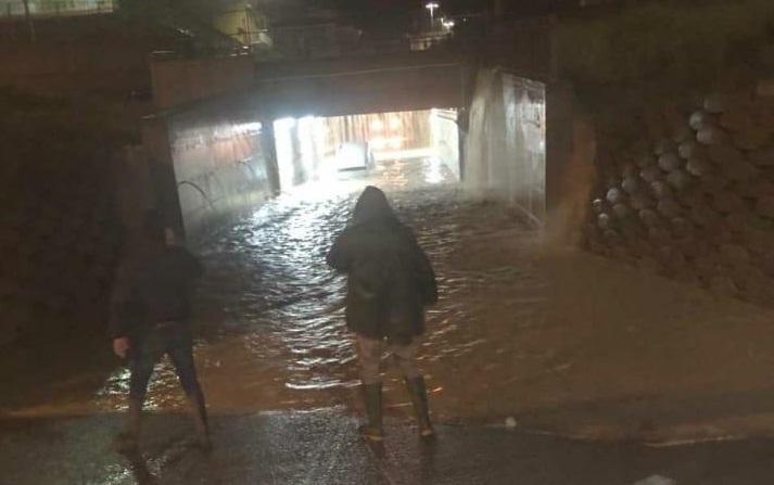 Maltempo in Calabria, allerta arancione della Protezione civile  Nella notte ancora frane e smottamenti, decine le evacuazioni
