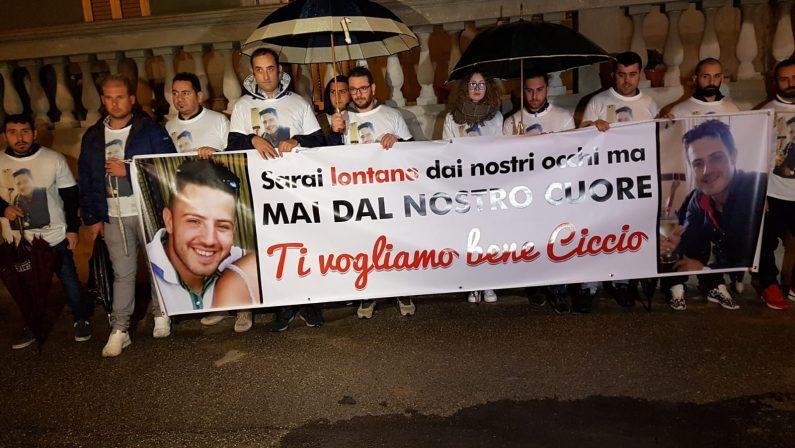 Francesco Vangeli, la marcia silenziosa di Scalitiper ricordare il 26enne scomparso il 10 ottobre