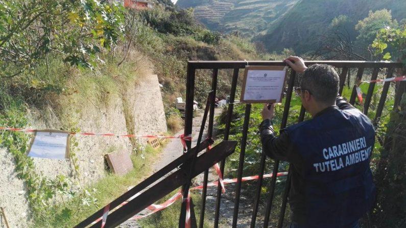 Discarica a cielo aperto scoperta dai Carabinieri a ReggioL'area era già stata sottoposta ad obbligo di bonifica
