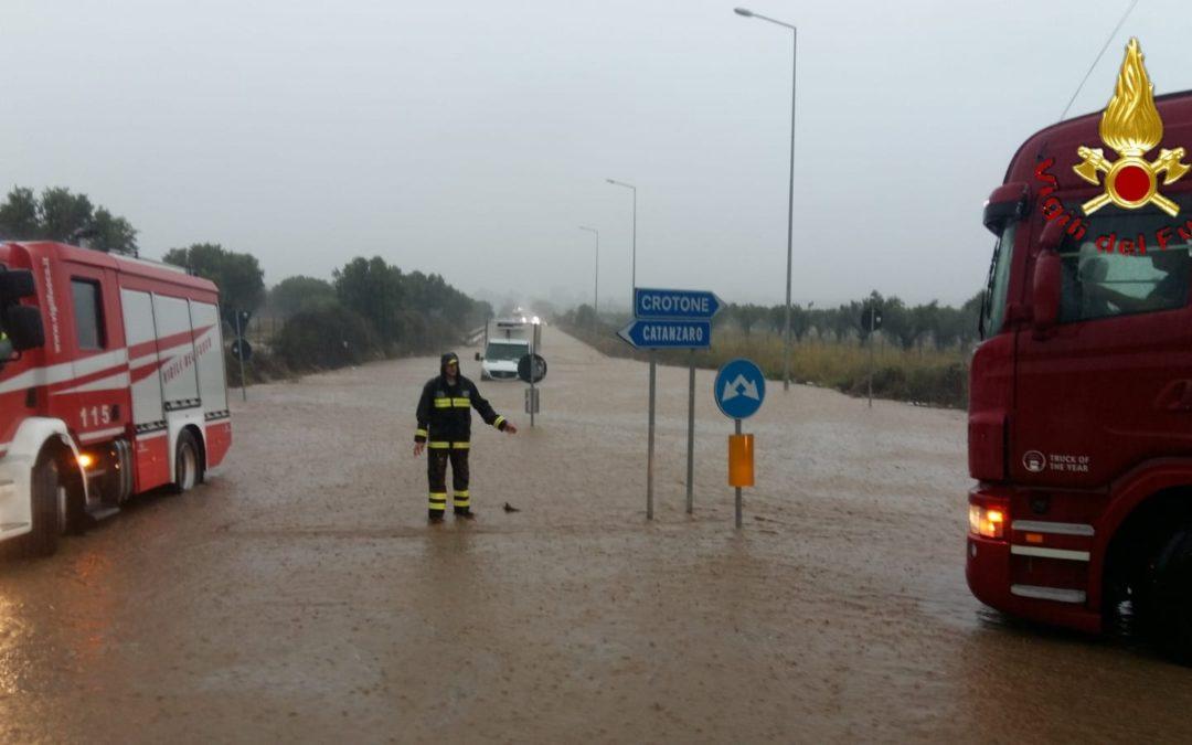 Immagini del maltempo che ha colpito la Calabria lo scorso 5 ottobre