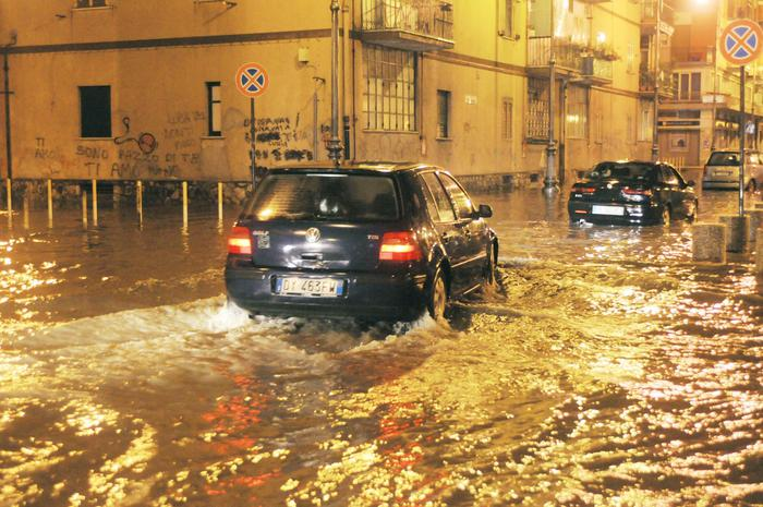 Maltempo, torna l'allerta in Campania: prevista neve a bassa quota